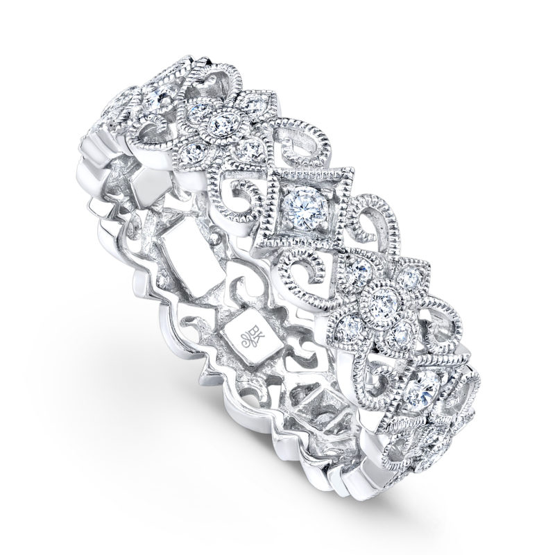 Master-Crafted 18k White Gold Band with Round-Diamond Silhouettes